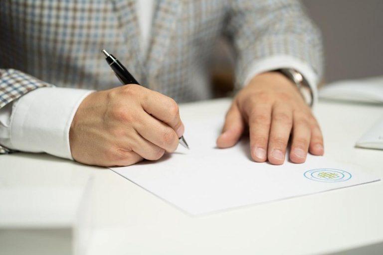 Jakie dokumenty mogą być wymagane przy podjęciu pracy za granicą?
