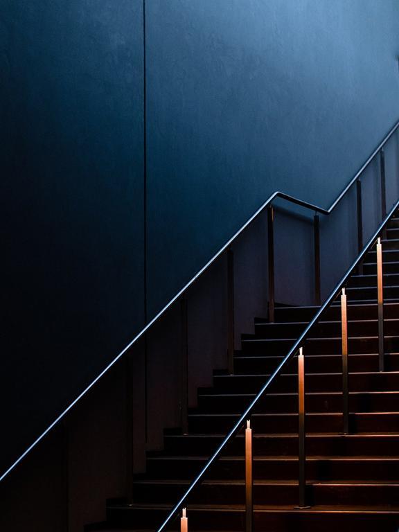 Kiedy można wykorzystywać szklane schody?