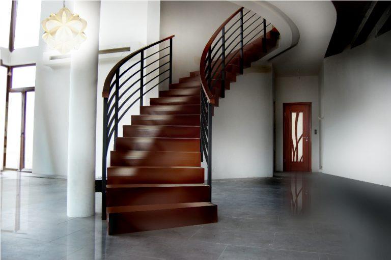 Piękne schody zabiegowe drewniane -  czy warto?